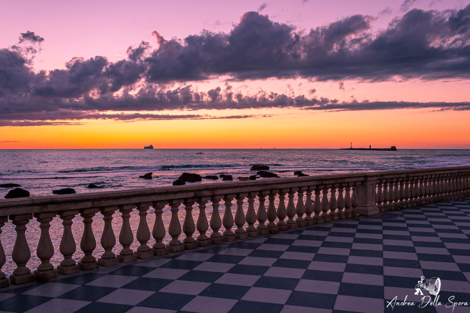 livorno-tramonto-terrazza-mascagni