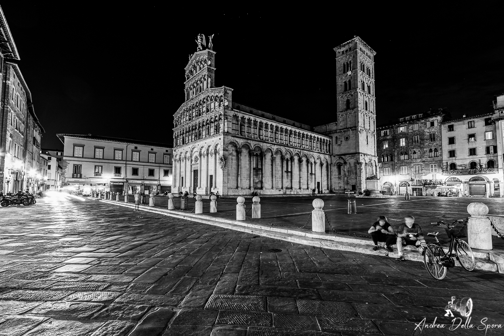 LUCCA – PIAZZA S.MICHELE