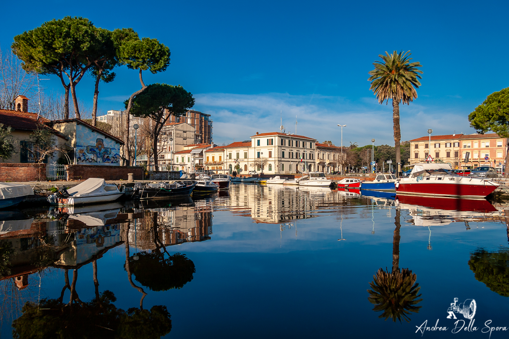 viareggio-mare-darsena-lungo canale
